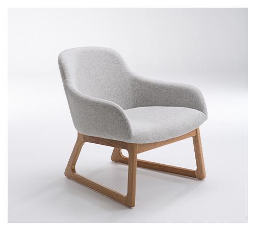 TILLER Oak Lounge Chair
